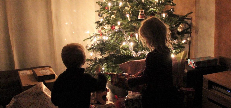 Weihnachten Feiern.Der Christbaum Bleibt Warum Wir Bis 2 Februar Weihnachten Feiern